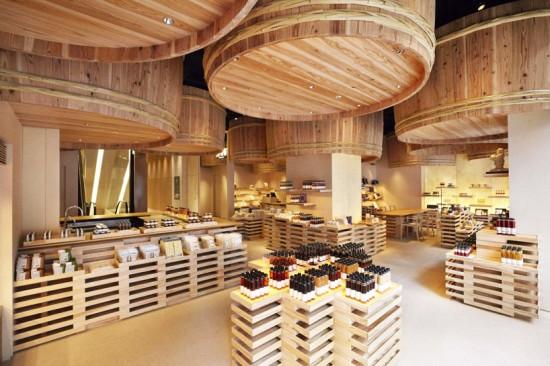 隈研吾氏がデザインした東京にある茅乃舎(かやのや)日本橋本店の空間デザイン