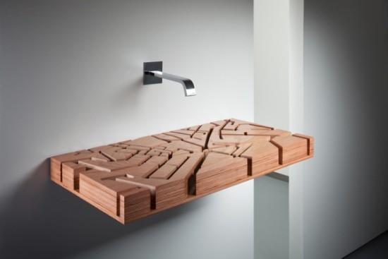 上空から見たロンドンの町並みを再現し、木でつくられた洗面台「WATER MAP」