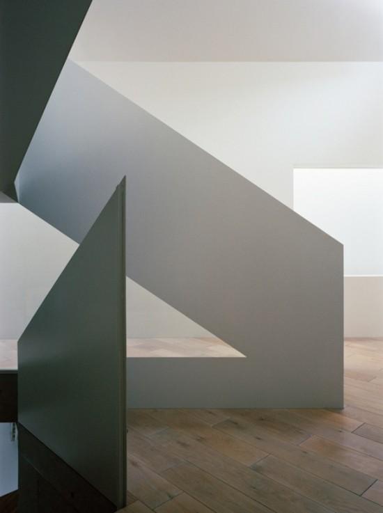 美しい階段がある家14選