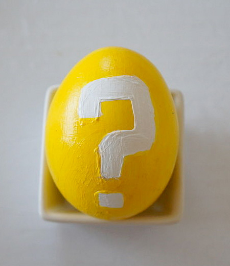 スーパーマリオの絵が書かれた卵。