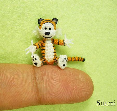 毛糸でつくったミニチュアの動物