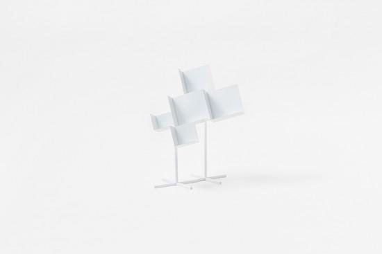 「空間のカド」を切り取ったような家具「corners」