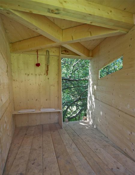 子供の秘密基地にぴったりなツリーハウス
