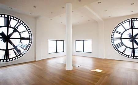 Clock Tower Apartment