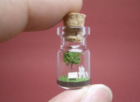 ちっちゃなボトルの中の世界、ミニチュアボトルアート「Tiny World in A Bottle」