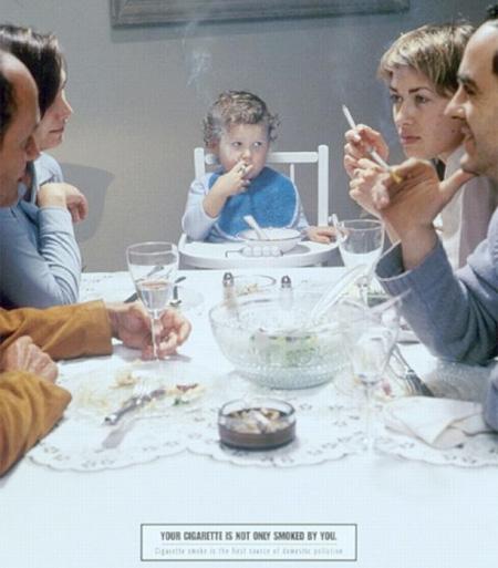 タバコを吸うのが怖くなる、タバコによる害がよくわかる強烈な広告15選