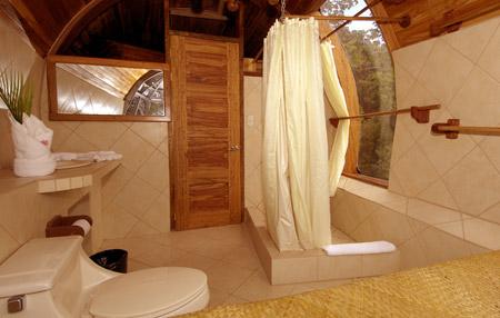 コスタリカにある飛行機の中に泊まれるホテル