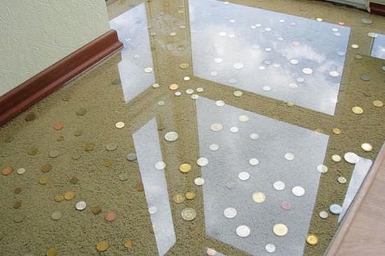室内に描かれた3Dアートの床