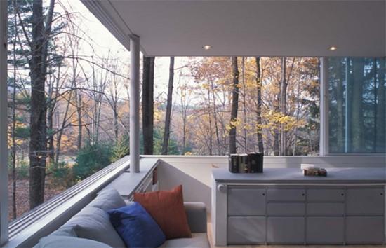 森の中にあるあなただけの秘密の書斎