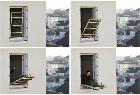 狭い場所でも窓を使えば植物を育てることが出来る