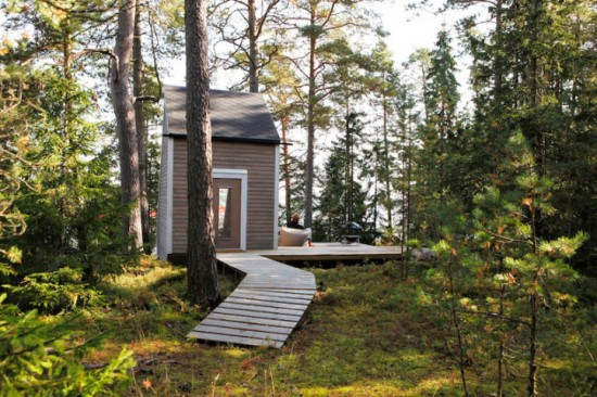 森の中の小さな小屋「Nido」