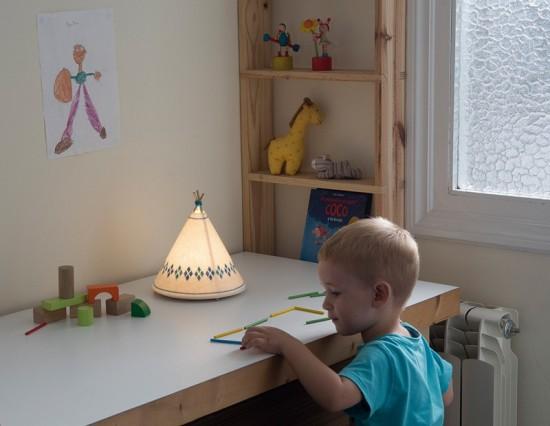 ネイティブアメリカンの住居ティピ(TIPI)のデザインをした可愛らしいランプ「TIPI Lamps」