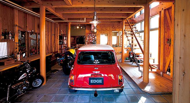 木造のビルトインガレージ