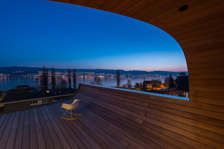 flexhouse top+floor terrace facing west 視点20(夜) 設計: evolution design