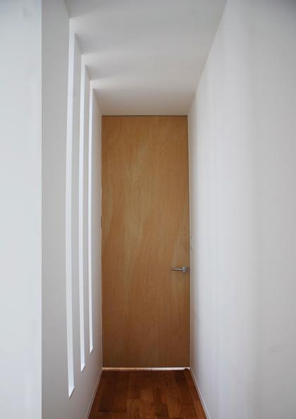部屋2への通路