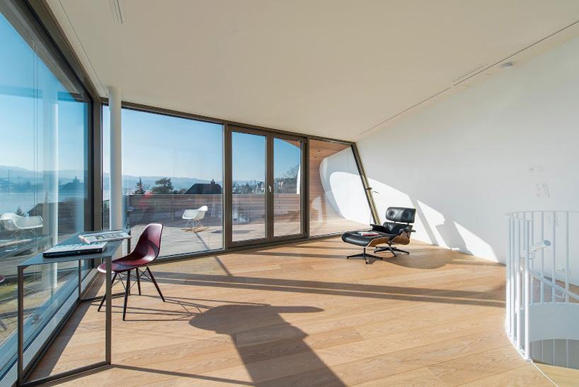 flexhouse top+floor studio 視点21 設計: evolution design