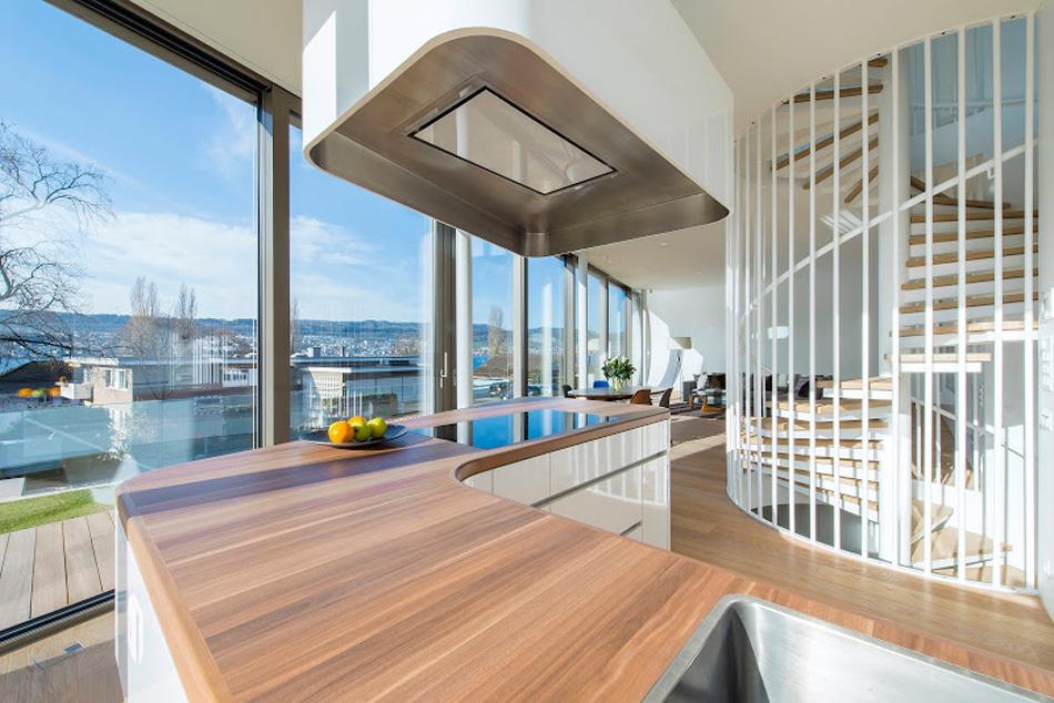 flexhouse ground+floor kitchen 視点9 設計: evolution design