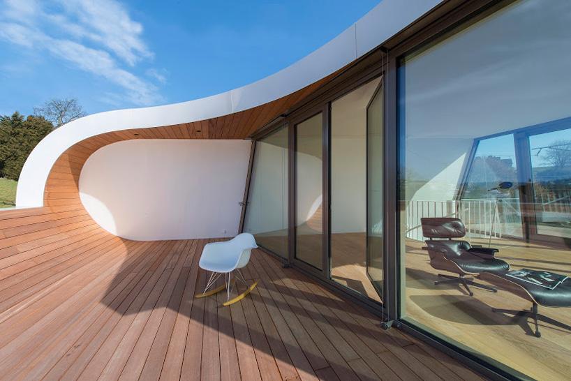 flexhouse top+floor terrace facing west 視点20−2 設計: evolution design